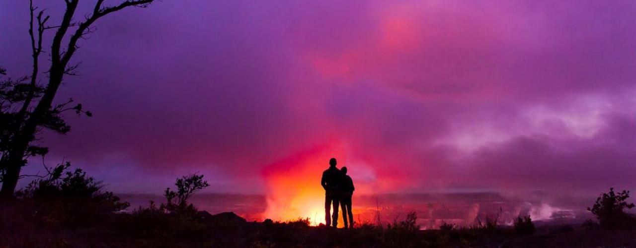 003112 Couple overlooking Halemaumau Crater Hawaii Island 07194 Hawaii Tourist Board 001