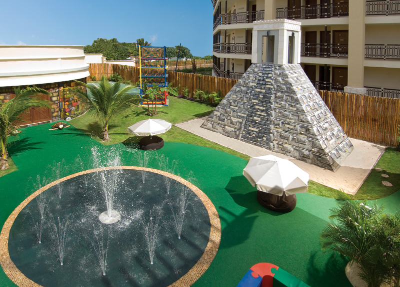 Top 10 Best Family All-Inclusive Resorts in Mexico: Dreams Riviera Cancun